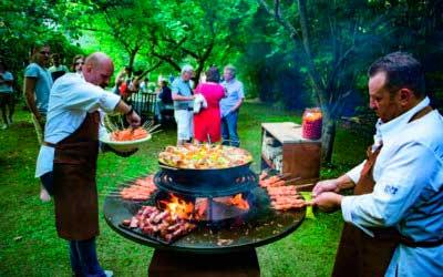 Tipos de barbacoa para cocinar al aire libre