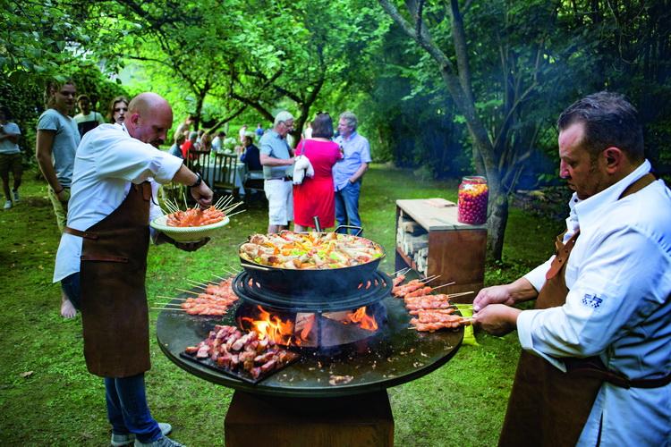 Tipos de barbacoa para cocinar al aire libre out company - Tipos de barbacoa ...